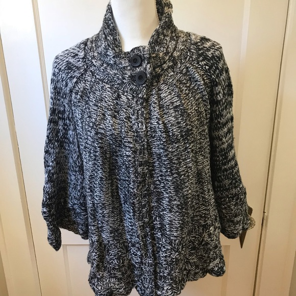 Fashion Blvd Sweaters - Gray/Black Knit Buttoned Sweater Cape